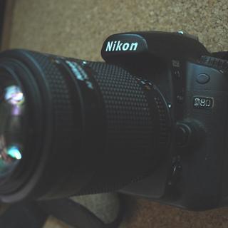 ニコンデジタル一眼レフカメラ D80+AFズーム35~105ミリセット
