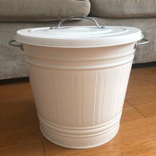 【8/7 引渡し予定あり】IKEA KNODD ふた付ゴミ箱