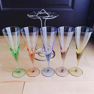 【未使用新品】シャンパングラス 5個セット&ラック