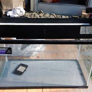 中古60cm水槽、ライト、砂、上部ガラス蓋