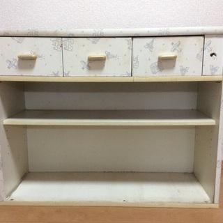キッチン 収納庫 棚
