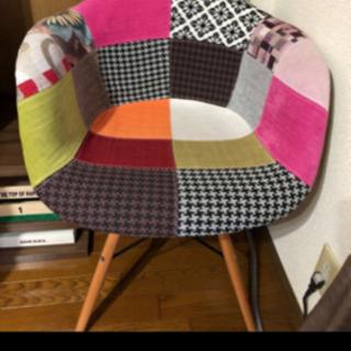 楽天 Amazonで人気のイームズの椅子