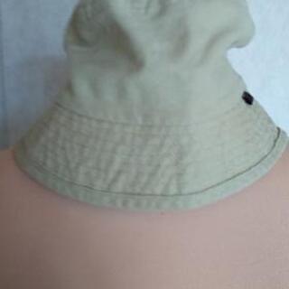 帽子、差し上げます。