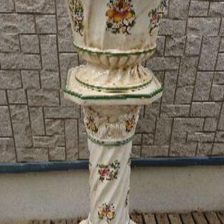 花台と鉢のセット 台の高さ約69㎝