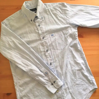 アルビアーテ社の爽やかな生地のボタンダウンシャツ