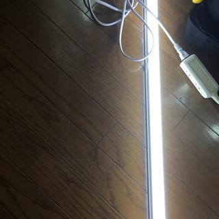 器具一体型蛍光灯 LED 120