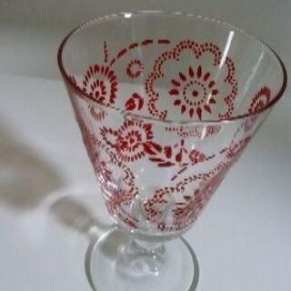 アフタヌーンティーのグラス