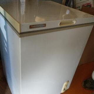 100L 冷凍庫 ジャンク品