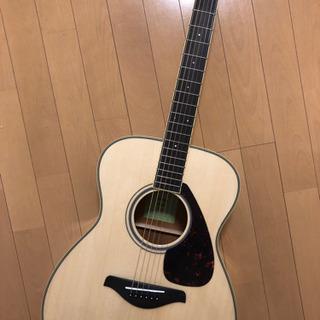 ヤマハ アコースティックギター(カポ、ピック2個付き)