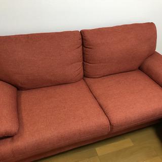 (決まりました)4,000円でソファ売ります!3人掛(オレンジ)