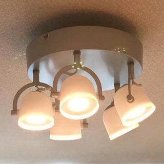 IKEA LEDシーリングライト + LEDクリップ式スポットライト