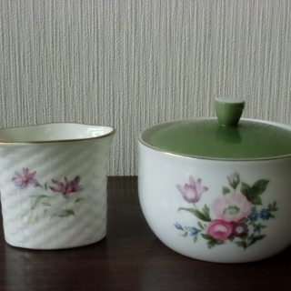 ◆レトロ / NARUMI ナルミ ☆ 蓋付 小鉢 & ナプキン立て◆
