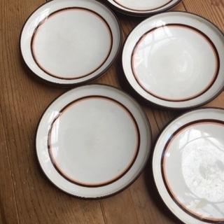 レトロなお皿 5枚で