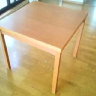デンマーク製ダイニングテーブル