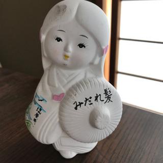 女性の人形 陶器