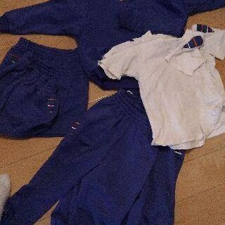 津田山幼稚園の体操服