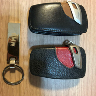 BMWスマートキーカバー2つとキーホルダー