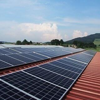 〈完全無料設置〉太陽光発電を検討中の方必見!これからは無料設置が...