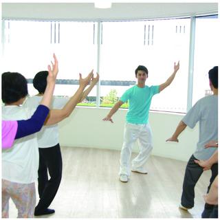 現役日本チャンピオン 齋藤志保の「はじめての太極拳きょうしつ」(60分)¥1,000 - 教室・スクール