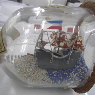 飾り物 ミニボトルの帆船