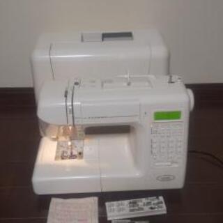ジャノメ コンピューターミシン S7702 文字縫い