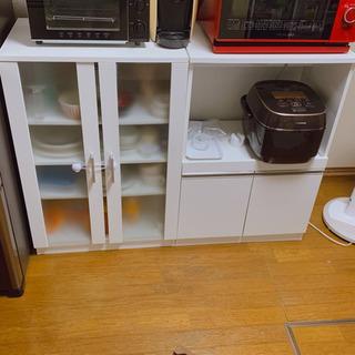 ニトリ キッチンカウンター 食器棚
