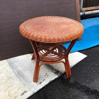 籐タイプ丸テーブル