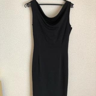 取引中 黒 ワンピース ドレス