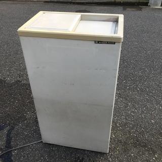 ジャンク 冷凍庫 サンデン PF-057C  冷えず
