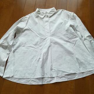 UNIQLO白シャツ無料!