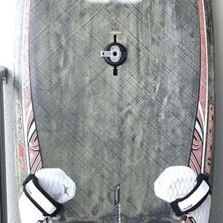 ウインドサーフィン 中古スラロームボード(手渡し限定)