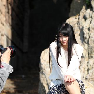 10~20代女性活躍中/カメラ撮影カジュアルモデル/短期&日払い...