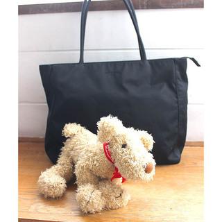 コムサ・デ・モードの黒 撥水トートバッグ マドモアゼルノンノン犬...