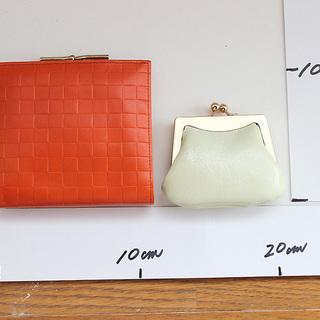二つ折り財布と小銭入れ 新品未使用品