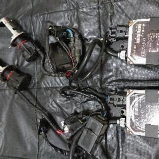 社外品 ディスチージヘッドライト HID H4 切り替え式