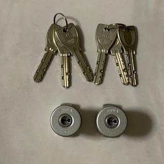 MIWA 玄関の鍵  PRシリンダー2個同一使用と鍵6個セ…