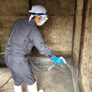 【和歌山で害虫業界20年の実績】有資格者の完全自社施工!ゴキブリ駆除予防はお任せ下さい。の画像