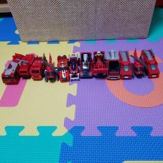 トミカミニカー 消防車・ハイパーレスキュー 12台+人形1体