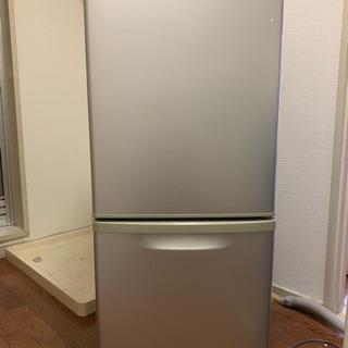 冷蔵庫 引っ越しの為、お譲りします。