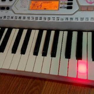 電子キーボード  YAMAHA  ピアノ