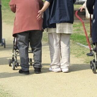 高齢者の付き添い同行など家事代行お任せください