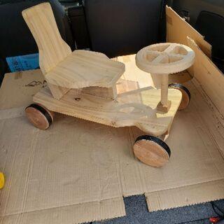 木のおもちゃ 乗用四輪車