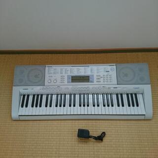 電子キーボード