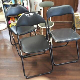 【無料】ニトリ折り畳み椅子4脚