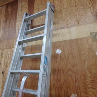 アルインコ ハンディロック式2連はしご ANP-40FD 使用時 全長 約4000mm はしご ロック式 梯子 アルミ脚立 洗車 軽量 ステップ台 窓ふき 工事 工具 道具 中古品 - その他