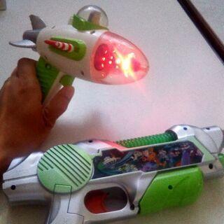 buzzのおもちゃセット