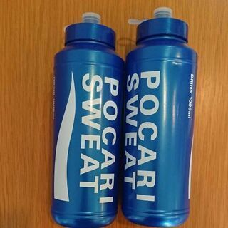 スポーツドリンクボトル スクイズボトル
