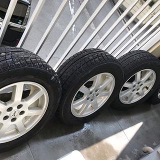 215/60R16 スタッドレスタイヤVRX 4本セット