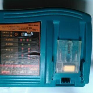 makita 急速充電器 DC14RC 冷却異常ランプ点滅