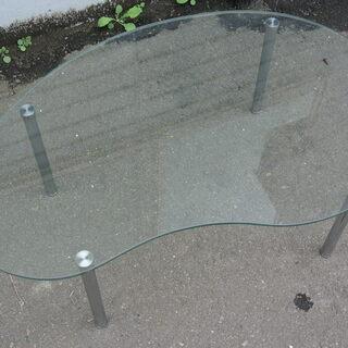 【先着順】ガラステーブル 幅89㎝ 奥行58㎝ 高さ32㎝【引取限定】